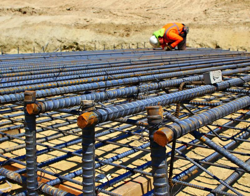 Construction Worker Setting Rebar Stock Photo - Image: 66372982
