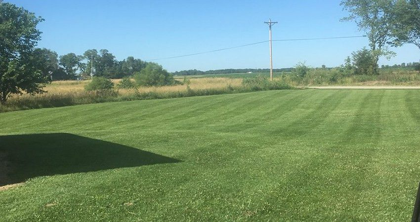 Lawn Care and Lawn Mowing Service | Jeff's Lawn Care Services