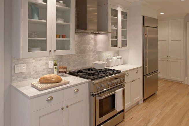 White Galley Kitchen Designs White Galley Kitchen Designs And ...
