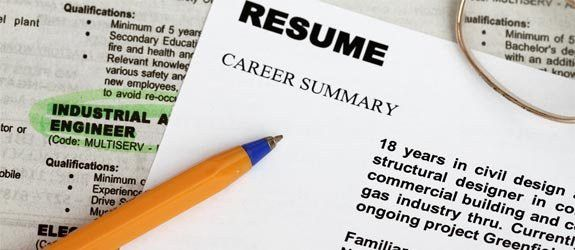 How to Write a Great Resume for a Job - Tips & Examples
