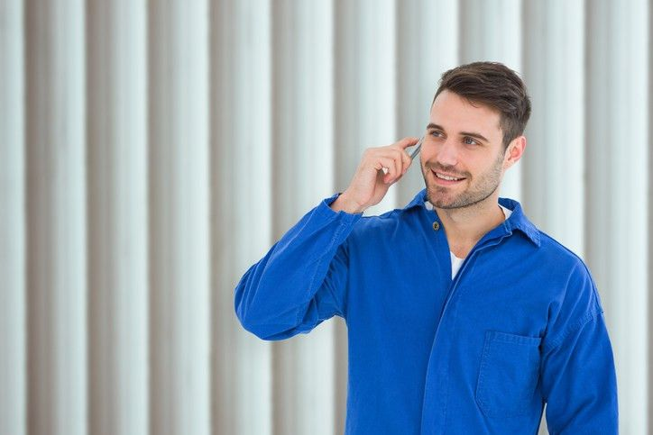 4 Quick Tips for Proper Phone Etiquette as an Auto Service Writer