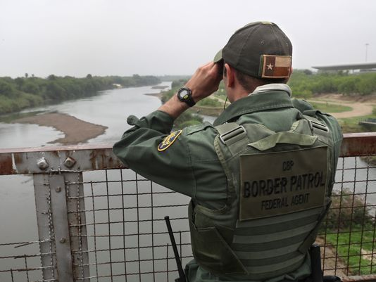 In a border town, locals 'very fond' of their federal Border ...