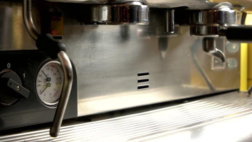 Close Up Of Male Barista Making Espresso At An Espresso Machine At ...