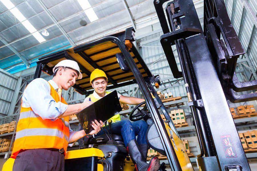 Operator Job Description: Driver's Duties & Responsibilities
