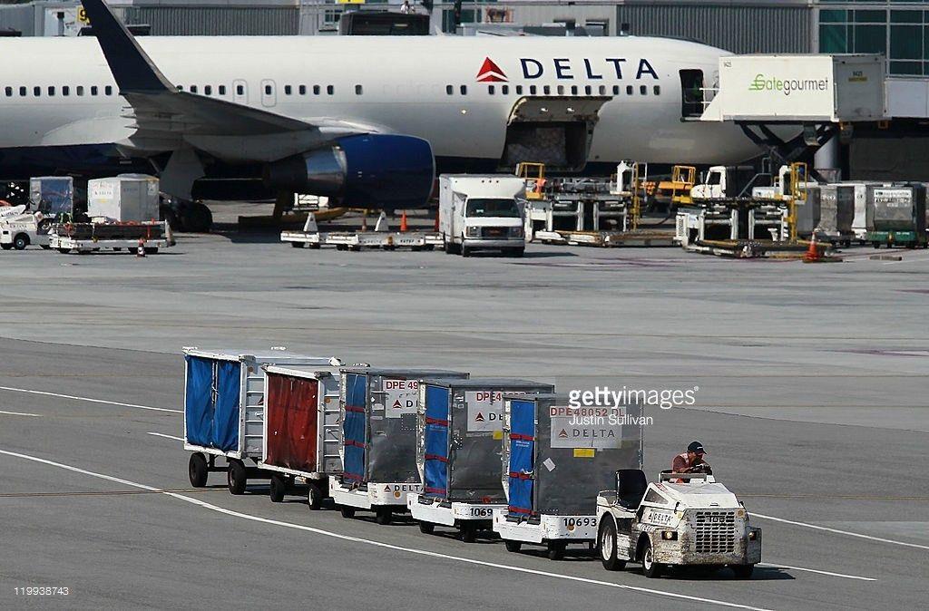 Delta Air Profit Trails Analysts' Estimates on Rising Fuel Costs ...