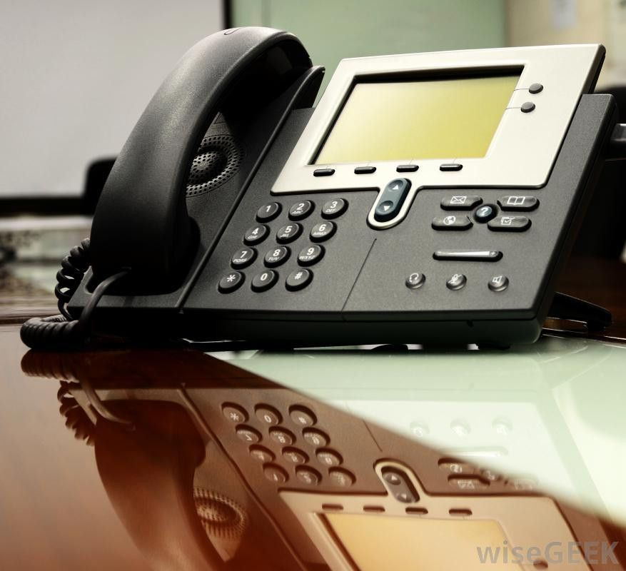 What are the Different Types of Business Telephone Systems?
