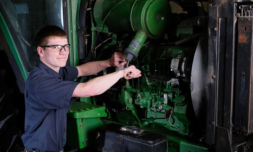 Diesel-Ag Equipment Service Tech | Southeast Community College