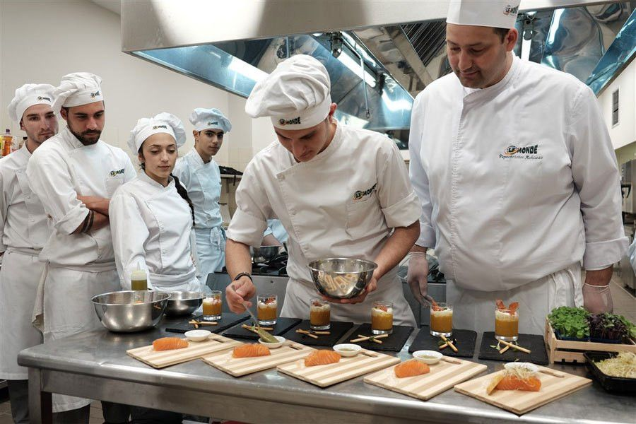 Chef | Le monde – Οι κορυφαίοι των τουριστικών σπουδών