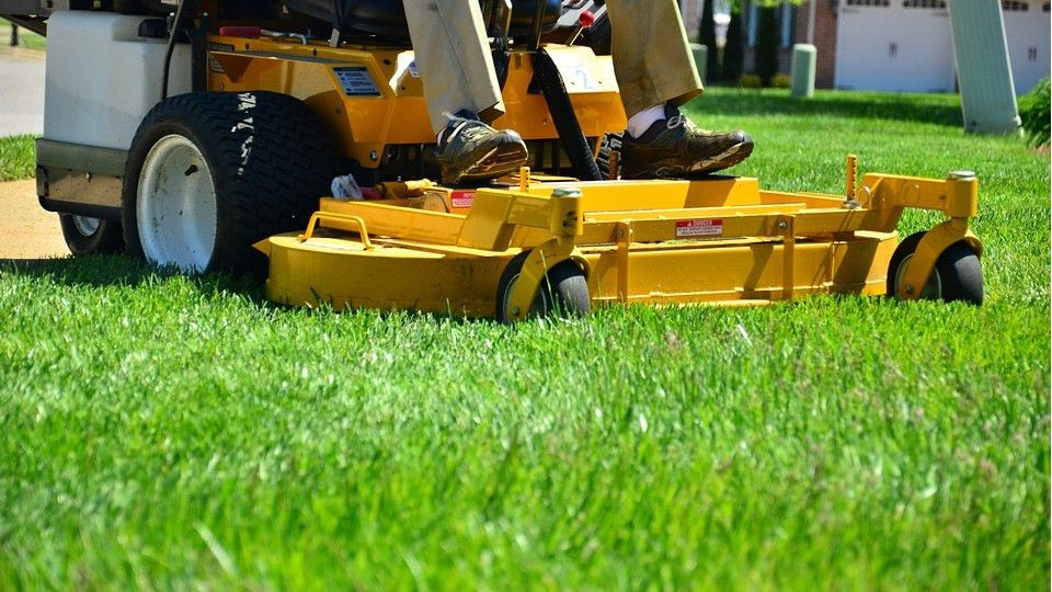 About - Scooter's Lawn Care | Lawn Care Springfield IL