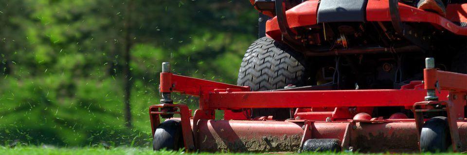 Lawn Service Pembroke Pines | Landscape Maintenance | Lawn Care
