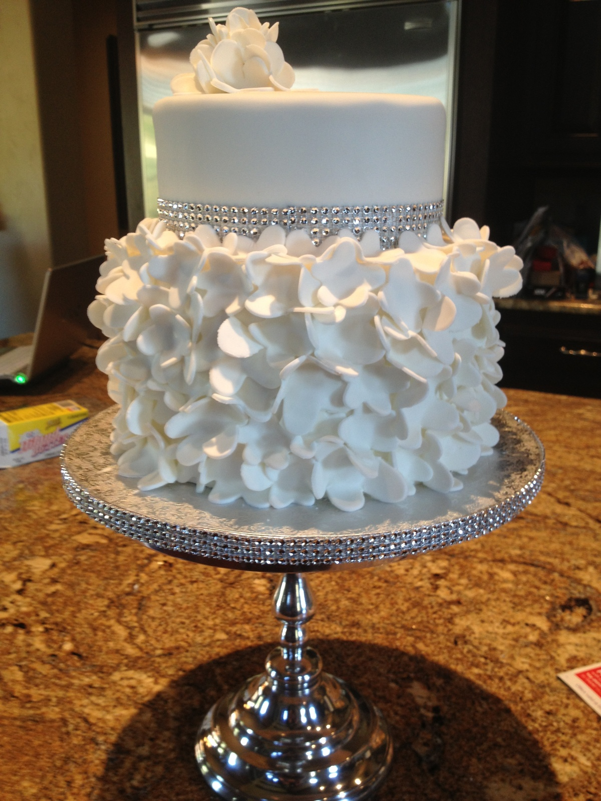 1000 images about Bridal Shower Cake on Pinterest