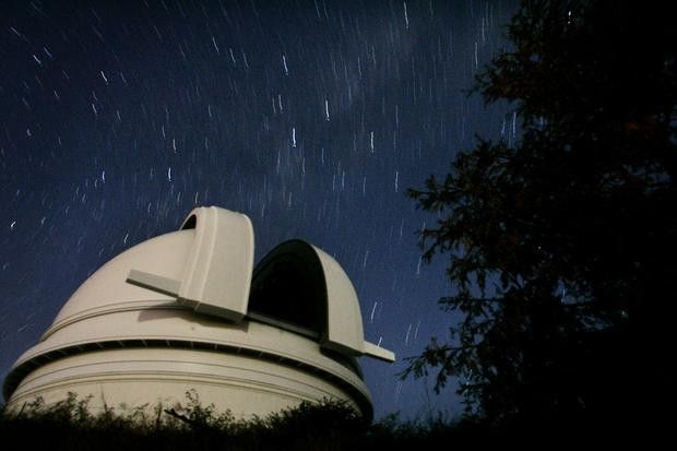 Government astronomer - 9 unusual jobs that earn $100,000 or more ...