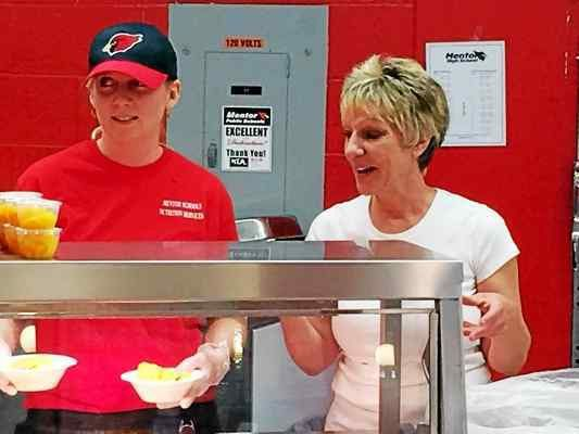 Mentor Schools nutrition manager earns top statewide award