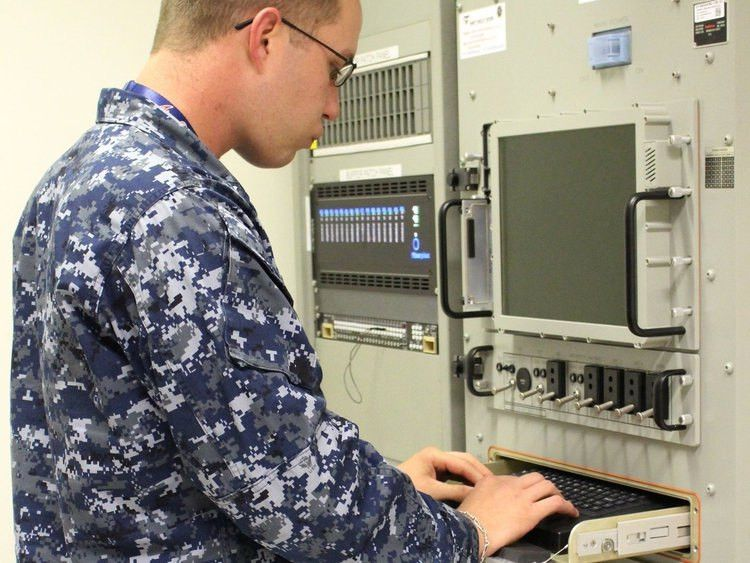 Verizon wins Navy telecom contract
