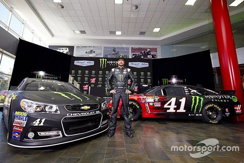 contract, new sponsor, but the same team for Kurt Busch in 2016