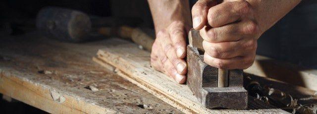 Carpenter job description template | Workable