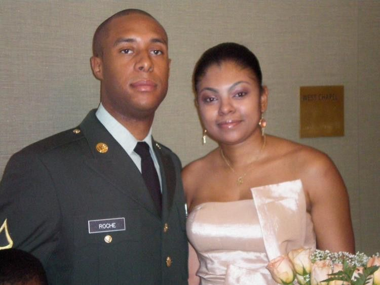 Harlem man's deployment delayed to see wife become American - NY ...