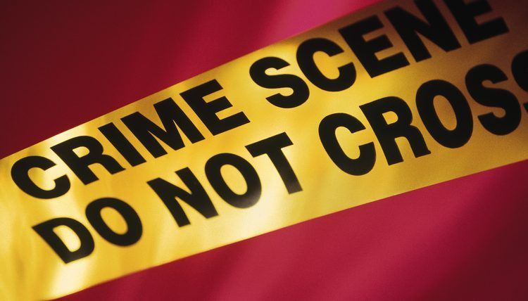 What Are the Risks of Being a Crime Scene Investigator? | Career Trend