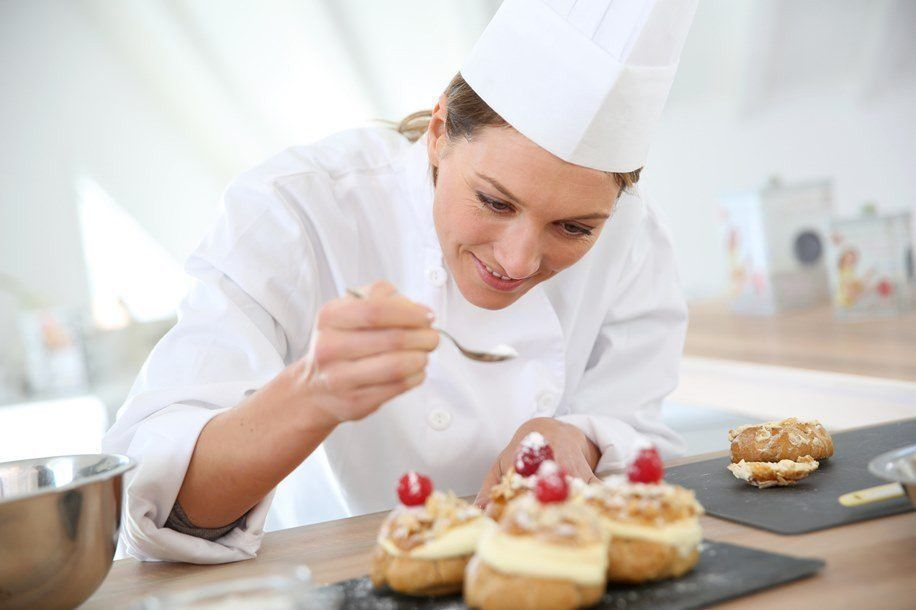 How to Become a Pastry Chef in Australia