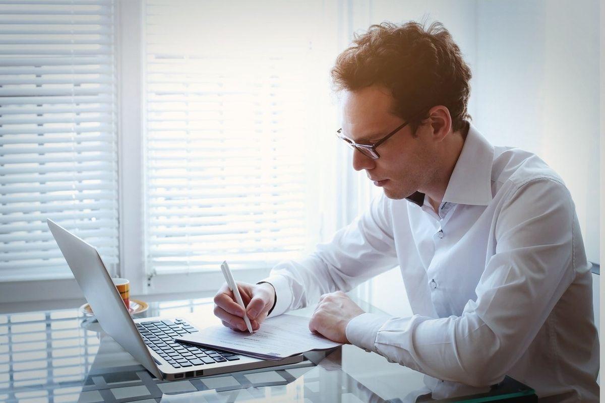 Ways to Improve Your Resume (Infographic)