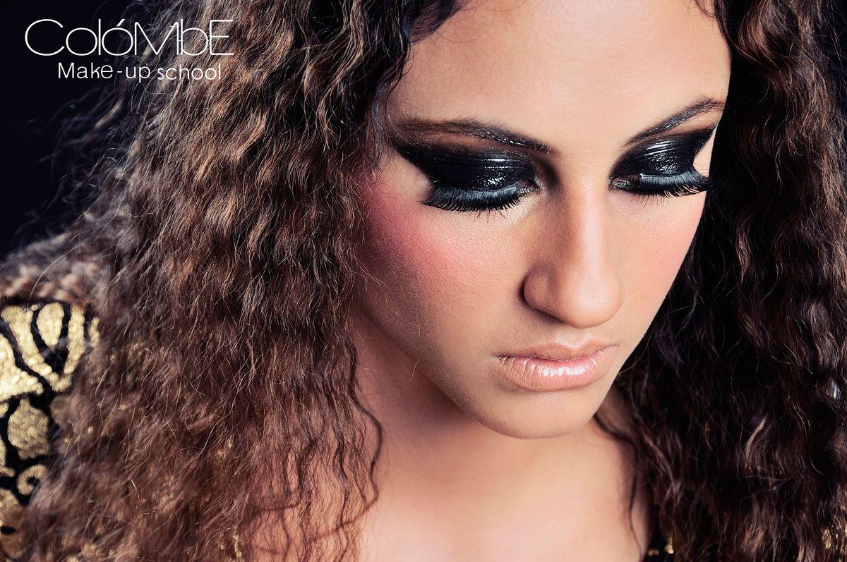 24461764ab42d92098083115e0fee87e - cursos de maquillaje profesional mejores equipos
