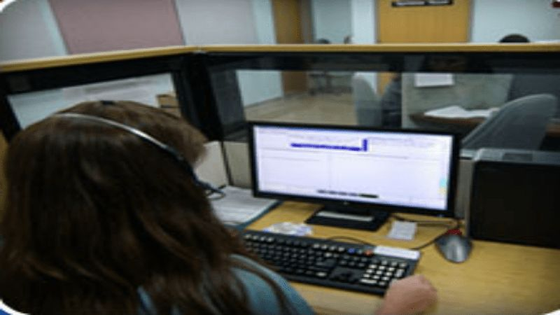 Outsourcing SMB Customer Service Duties to a Call Center in St ...
