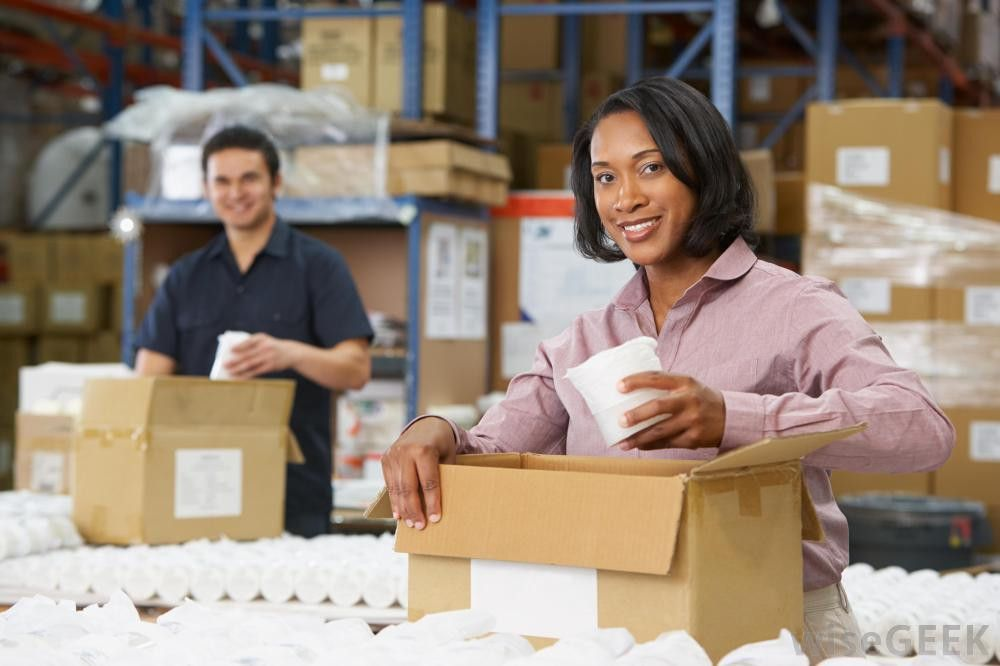 What is a Warehouse Assistant? (with pictures)