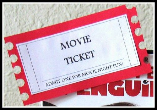 Last Minute Gift Idea: Movie Night Basket (w/ FREE Printable Tag ...