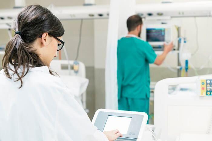 Surgical Tech Job Description | Job Descriptions HUB