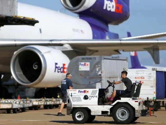 FedEx sets hub hiring at winter job fair Saturday