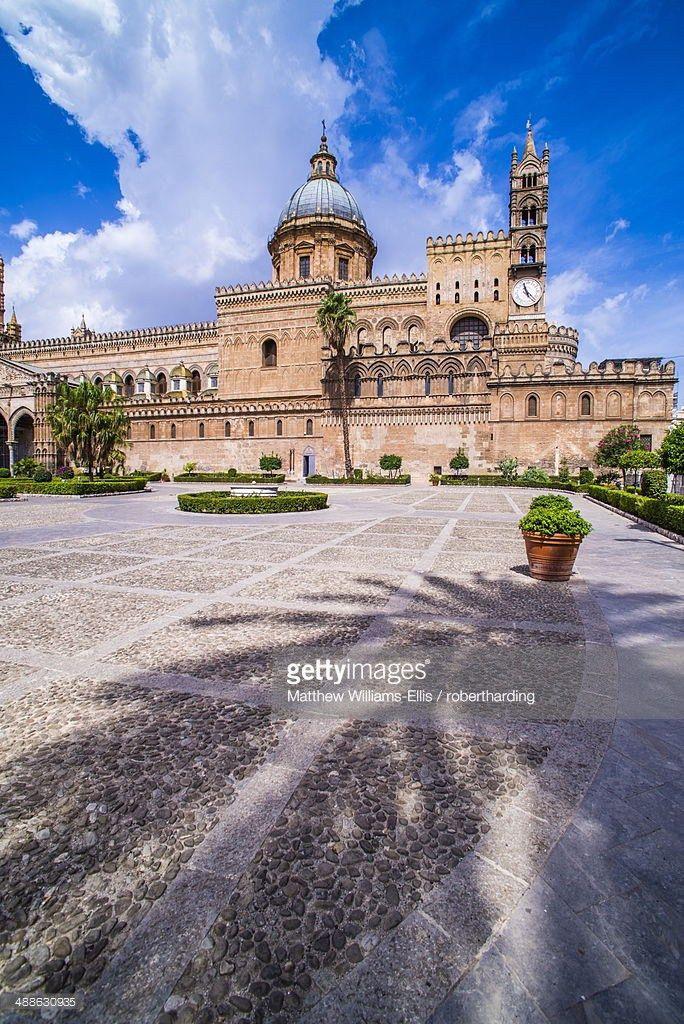 Baroque Building Of Duomo Di Palermo A Prime Example Of Sicilian ...