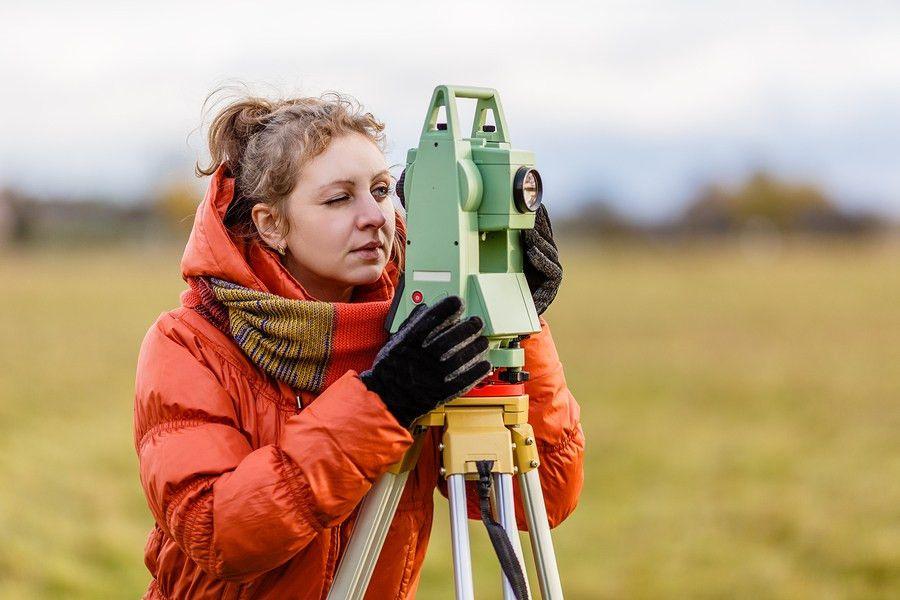 Land Surveyor Jobs (GS-1373) | Education & Job Duties