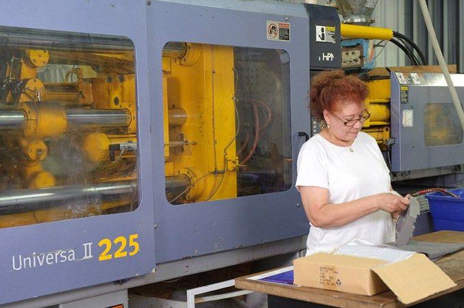 Gemini Plastics Inc. - World Class Custom Injection Molding