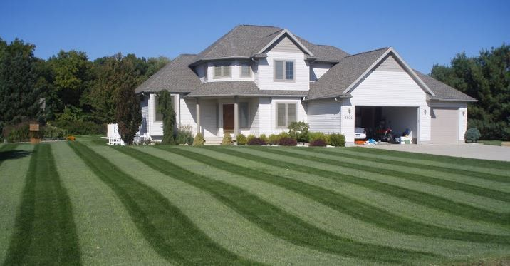Lawn Care Services — Greenblade One - Local Lawn Care - Grand ...