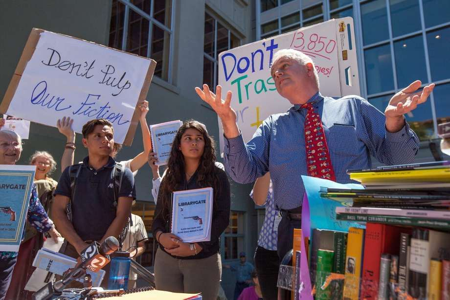 Berkeley head librarian quits over book-culling controversy - SFGate