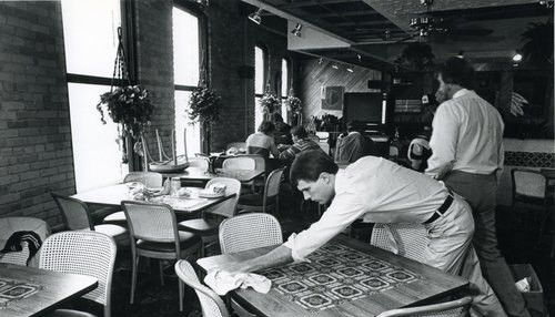 Proper Way of Cleaning Tables at your restaurant | Jerry Bauer ...