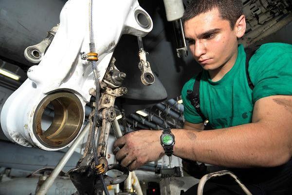Opportunities Run Sky-High for Aircraft Mechanics   Military.com