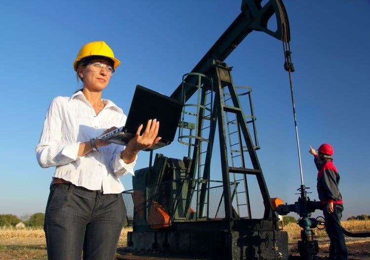 Petroleum Engineer Jobs - Description, Salary, and Education