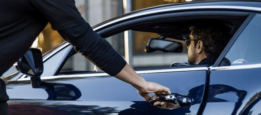 How Much To Tip The Valet - SpotHero Blog