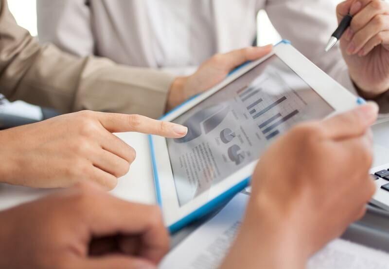 Data Analyst Salary Guide & Career Prospects | Salaries HUB