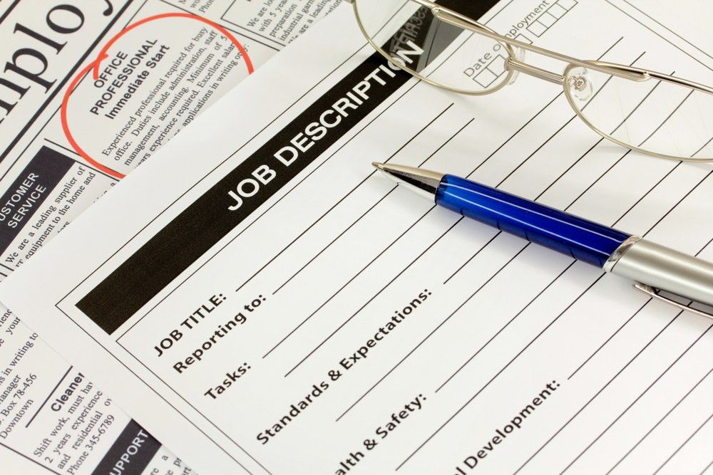 How to Write Your First Job Description | Bplans