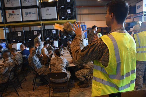 Al Udeid Airmen volunteer to build JFAK's for theater operations ...