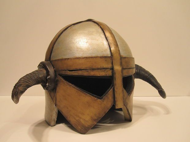 EVA Foam Armor - Helm: 10 Steps (with Pictures)