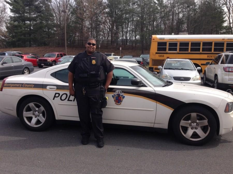 School resource officer answers tough questions about race, police ...