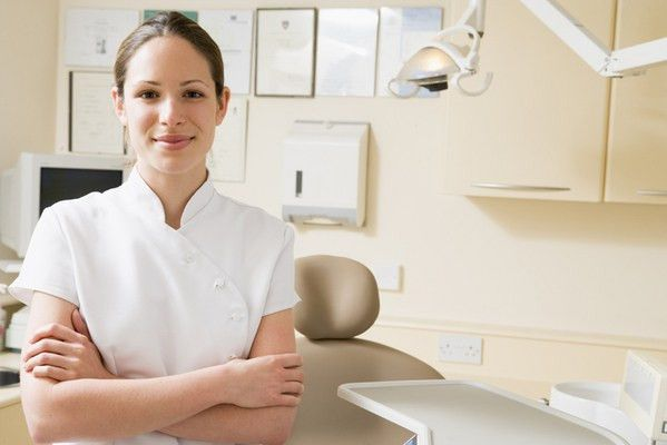 Dentist Assistant Salary