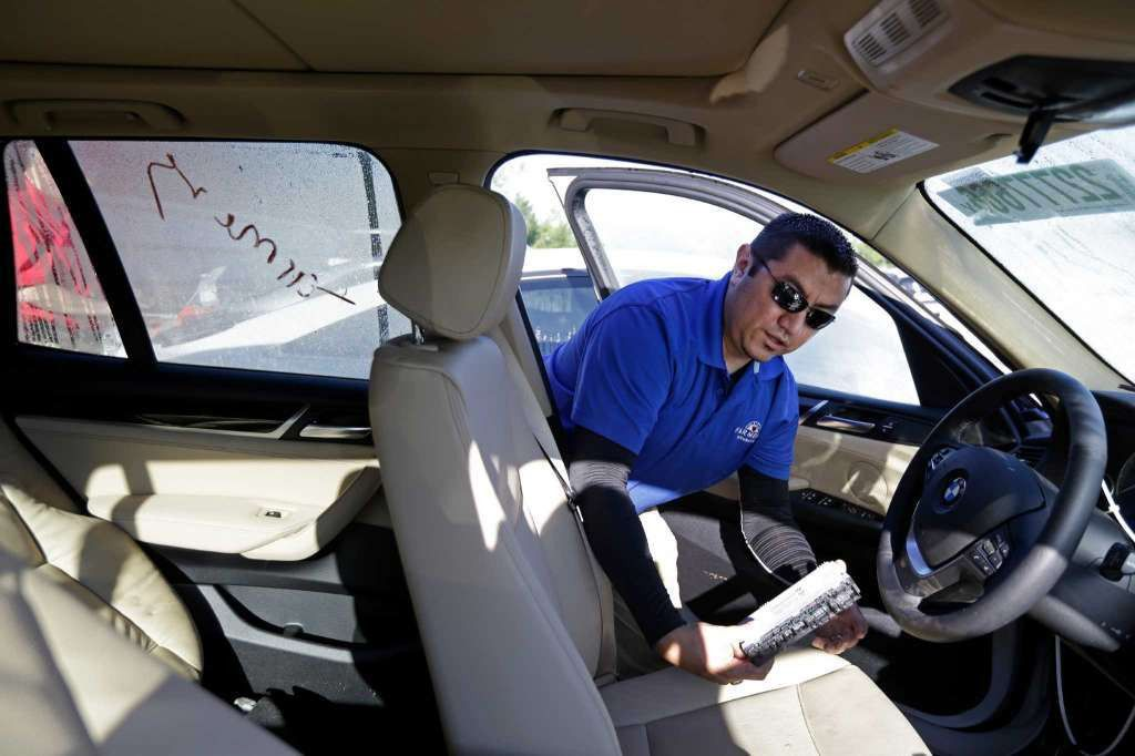 Auto claims adjusters wade through the damages - Houston Chronicle