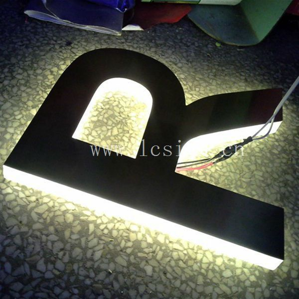 Outdoor Hanging Letter Sign 3d Illuminated Letter Sign Shop Sign ...