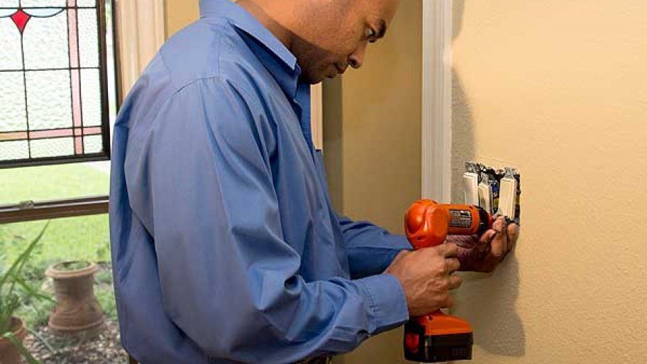 Electricians - Find and Hire Electrical Pros | Angie's List