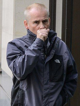 Met police financial investigator 'pocketed £53k seized from ...