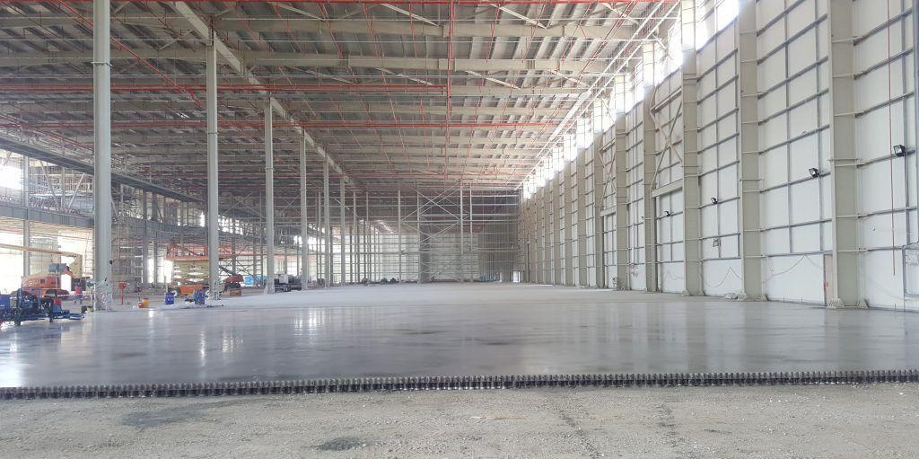 Flooring Specialist Hails Jointless Slab Tolerances - Logistics ...